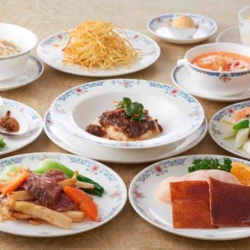 【4月限定コース】 「北京ダック」や「ふかひれスープ」など人気料理を含んだ9品!
