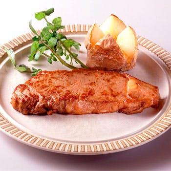 【ランチタイム限定】名物サラダバー食べ放題!サーロインステーキランチ【コーヒー付】