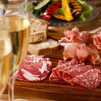 【イタリアンディナー】季節の食材を味わう、肉&魚のWメインと自家製パスタ含む全6品のイタリアンディナー