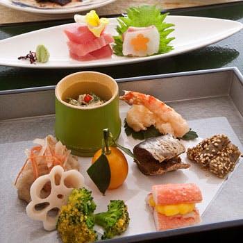 【個室確約・グループプラン】スパークリング含む飲み放題付!季節の食材を使った全8品の会席料理Bコース