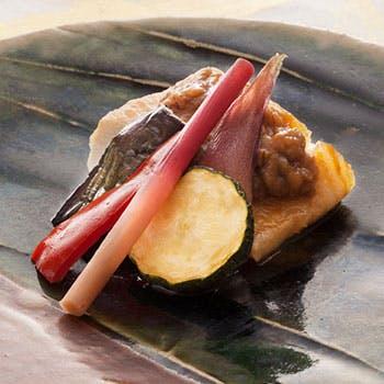 【一休限定】選べる1ドリンク付!萩コース 〜前菜や焼物、造りなど全8品の昼会席を堪能〜