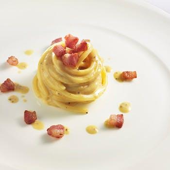 【シャンデリアきらめくメインダイニング】ホテル高層階で味わう本格イタリアン!前菜,パスタ,メイン全5品