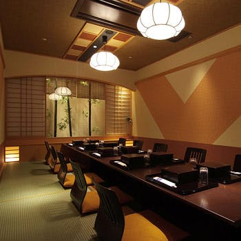 【一休限定個室確約】スパークリングワインも選べるワンドリンク付き「おもてなし会席」7,360円→6,000円