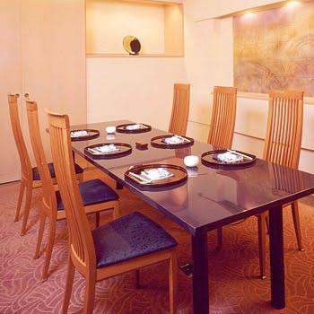 【お家族・お祝い席個室プラン】ふぐ紙鍋とふぐから揚げのステーキ会席11時から11自30分予約6000円