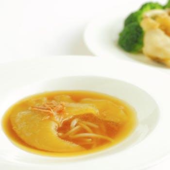 【一休限定×乾杯ドリンク付】伊勢海老やふかひれの姿煮、タラバ蟹など質にこだわった料理長おすすめ全6品