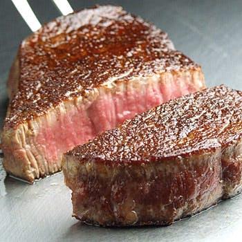 【3/7リニューアルオープン】特撰和牛サーロインとフィレを食べ比べ!フォワグラも堪能する贅沢な鉄板焼