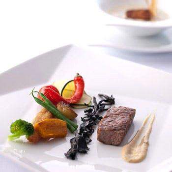 【年末年始 デジュネC】豊かな感性で創造された美食の全6品!22階からの眺望とご一緒に
