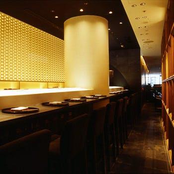 【一休限定】1ドリンク付!握り寿司10貫、茶碗蒸し、デザート等の寿司御膳を堪能!4200円→3000円<和食>