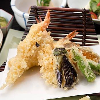 【一休×平日限定】乾杯酒付!季節食材の天ぷら御膳+トロピカルマンゴーデザートブッフェなど<和食>