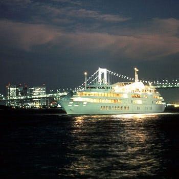 シンフォニー東京湾クルーズの写真