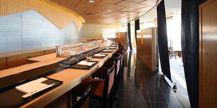 羽衣の寿司カウンター