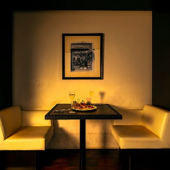 【窓際&半個室確約】スパークリング含む2時間飲み放題付!お魚・お肉料理など全6品の贅沢フルコース!
