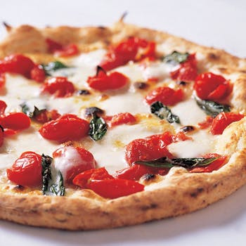 【2時間飲み放題付】ピザが2種に無料グレードアップ!マルゲリータと人気の「DOC」を楽しめる限定プラン!