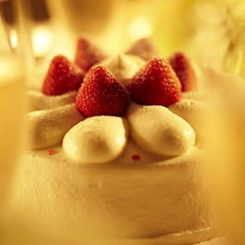 【窓側確約】スパークリングワインで乾杯 サプライズケーキで祝うアニバーサリーランチ!6,000円→5,500円
