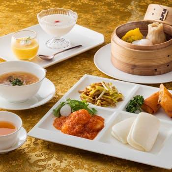 【平日×13:30来店】人気の点心3種や選べるデザート2品!優雅な午後のひとときを中国茶と共に