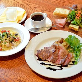 【乾杯スパークリング付】渋谷駅近のトラットリア!パスタ&メインのイベリコ豚のローストを満喫贅沢ランチ