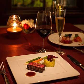 【大正ロマン漂う非日常世界】乾杯スパークリング付!和牛フィレ肉をメインに堪能!豪華絢爛フルコース!