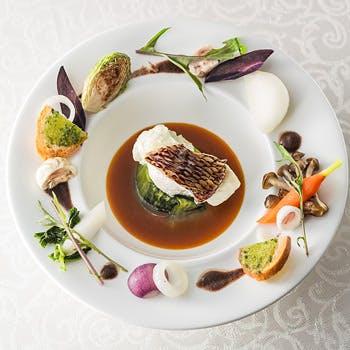 【人気プラン最安値】オリジナルカクテル付!前菜、メイン(魚&肉)など全5品!憧れの邸宅レストランで