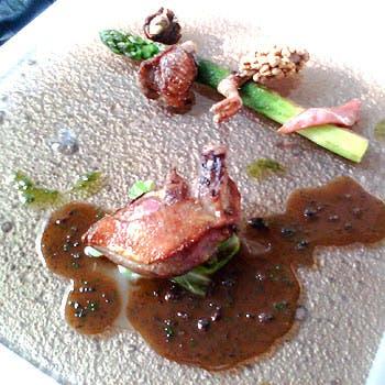 【スペシャリテを堪能】前菜からお魚、お肉料理、デザートまで、スペシャリテで構成されたおまかせコース