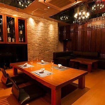 VIP個室【皇】絶品生肉.黒毛和牛ステーキ.伊勢海老などフルコース!プライベート空間でご接待・ご会食に!