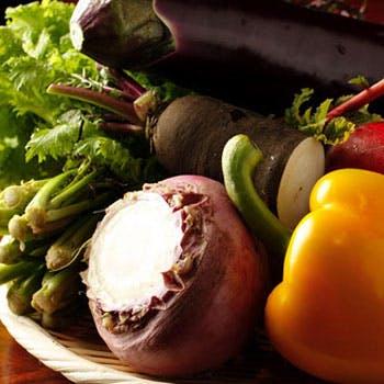 【肉通も唸る黒毛和牛ステーキランチ】最高肉質のステーキ、 有機野菜のバーニャカウダなど全5品