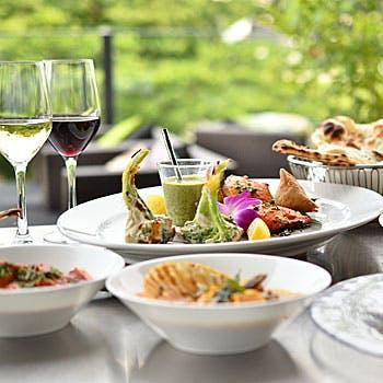 8品のインド料理で楽しむ飲み放題プラン