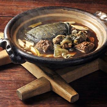 【個室確約】滋養に効くすっぽん鍋!赤坂の古民家の雰囲気と共に!季節のお料理とともに全8品