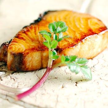 【旬の魚 握り鮨】 おまかせ17,820円ディナー