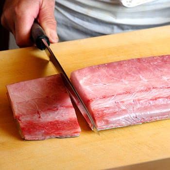【旬の魚 握り鮨】 おまかせ11,880円ランチ