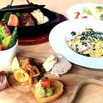 【カップルシート】前菜は5種盛り合わせ、さらにメイン料理・デザートが選べる全4品プリフィクスディナー!
