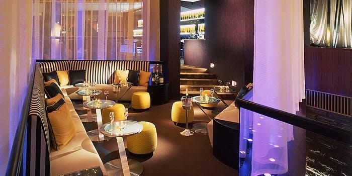 ANAインターコンチネンタルホテル東京のシャンパン・バーの内観画像