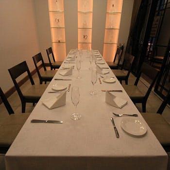 【お顔合わせや会食に】個室確約&乾杯ドリンク!前菜、パスタ、オマール海老やお肉などフルコース全5品