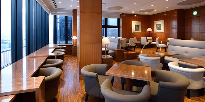 もっとおしゃれなのは「ホテルグランヴィア京都 スカイラウンジ サザンコート」の写真2