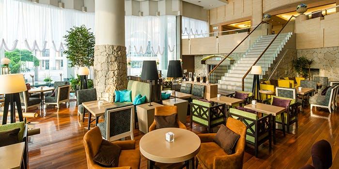 レストラングランカフェの内観画像