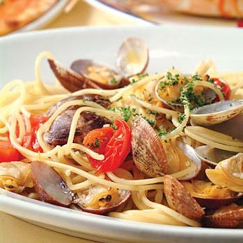 【乾杯スパークリング付】前菜、選べるピッツァ&パスタ&メイン、デザート盛り合わせ、食後のカフェ全5品