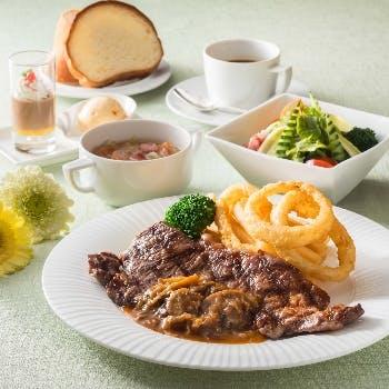 【選べる1ドリンク付】メインは肉or魚料理 サラダ・スープ・デザート・コーヒー含む「かるめらランチ」