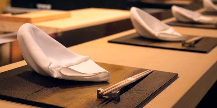 オリジナルのひと手間がおいしい「寿司割烹 濤﨑」