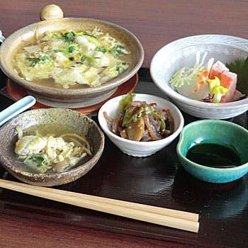旬の魚の玉〆鍋など 綾乃ご膳