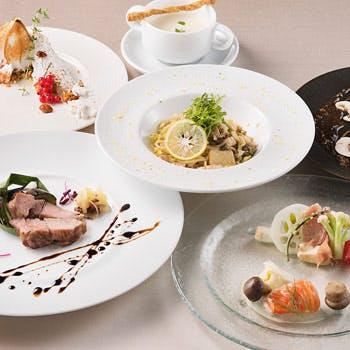 【一休限定】8,030円→6,500円!乾杯酒、人気フォアグラ寿司がついた冬の6品人気コース