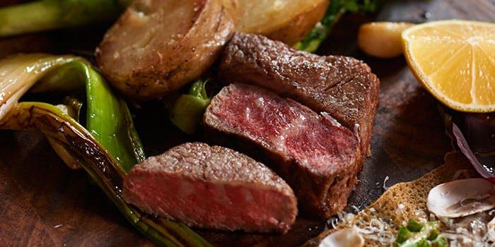 イタリアンコースの肉料理画像
