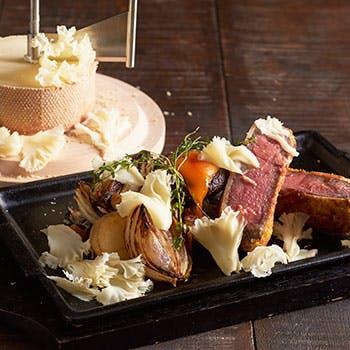 【テラス席×3時間飲み放題付!】オニオングラタンスープやズワイ蟹、パスタなど冬のチーズプランC
