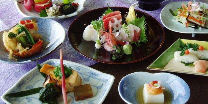 9. スカイツリーを丸ごと!日本料理もちづき