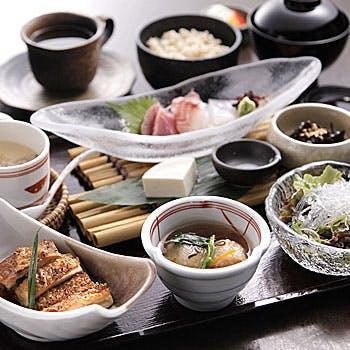 【一休接待予約】個室確約!濃厚手作り豆腐や、野菜・鮮魚など新鮮な旬の食材が堪能できる会席 全9品