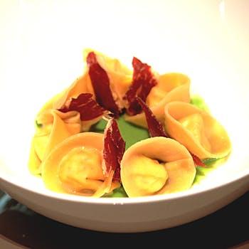 【パスタセット/ドルチェ付き】サラダ、本日のパスタにドルチェの3品コース