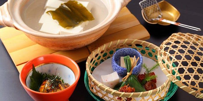 湯豆腐 料庭 八千代の料理写真