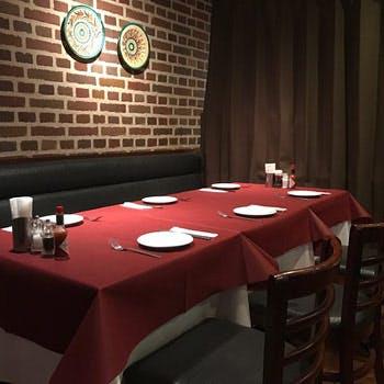 【飲み放題付】新橋駅すぐそばの老舗イタリアンで!お肉&お魚のWメイン、前菜2種や自慢のピザなど全9品!