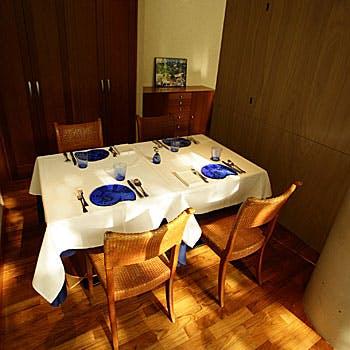 【土祝限定】特別価格4,320円!前菜5種、魚料理、パスタ、ドルチェなどシェアスタイル全4品(4名様〜)