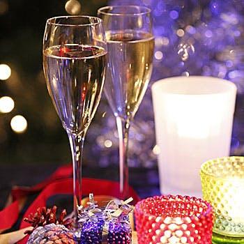 【お食事後に大水槽前カップルシートへご案内】乾杯シャンパン付…