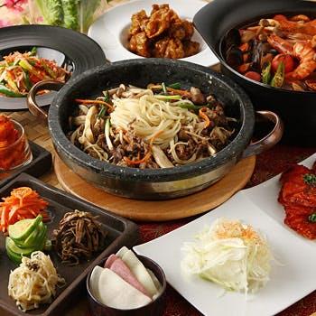 PLAN1の大人数用(9〜32名)【個室確約】スパークリング含む70種飲み放題(2時間)!韓国料理全8品プラン