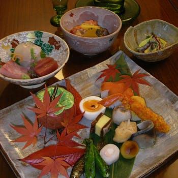 元東伏見宮家別邸 料理旅館 吉田山荘の写真